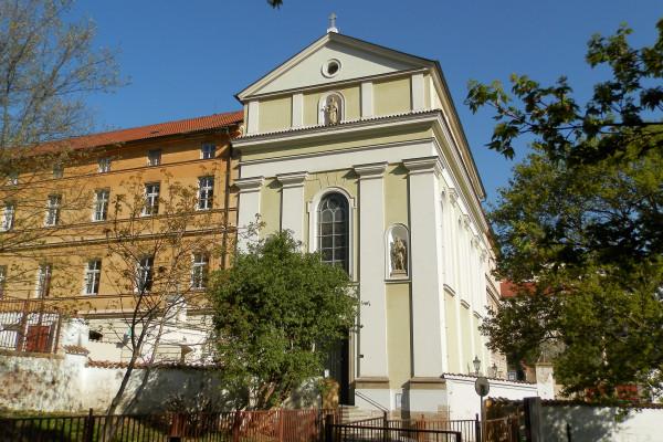 2019 kostel sv. Karla Boromejského.JPG